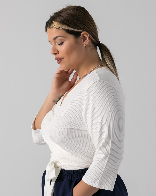 Μπλούζα κρουαζέ ψιλό πλεκτό με λεπτή ρίγα σπασμένο λευκό